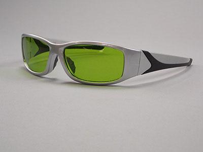 3588DA : Laser Eyewear Silver/Black Frames with Green Lens